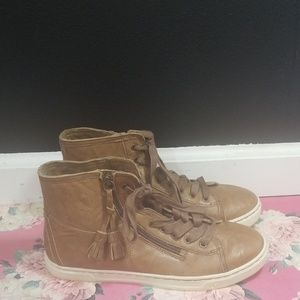 Ugg brown leather high top sneakers size 8